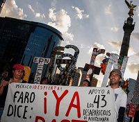 0-1-0-ayotzinapa-marcha-1